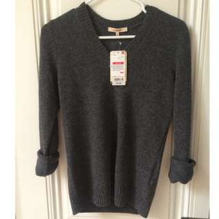 Brand New!! Uniqlo Sweater