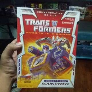 Soundwave Robots In Disguise