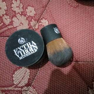 Body Shop Extra Virgin Mineral Bedak Tabur Dan Brush Body Shop