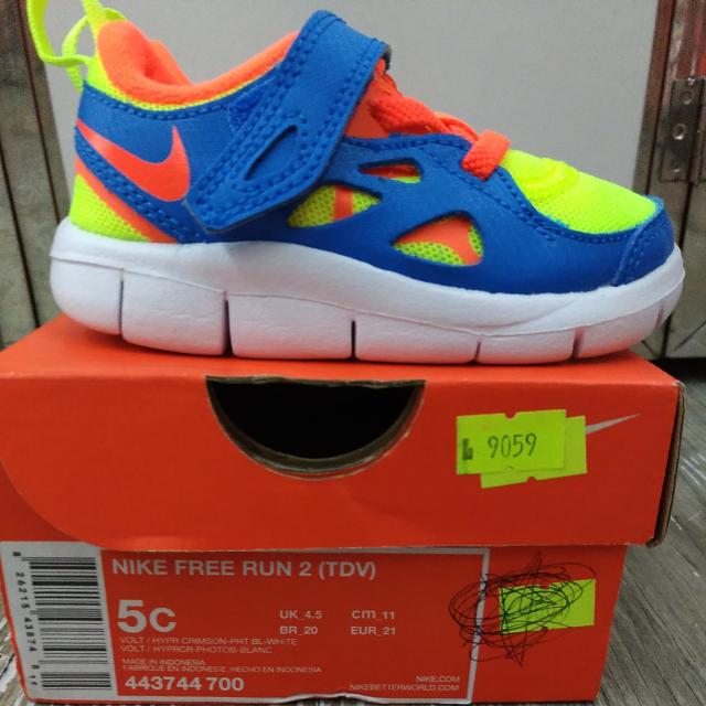 newest c3d4c cd28e 100% Authentic NIKE FREE RUN 2 (TDV) Baby Shoes Yellow Blue