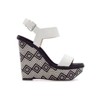 Zara Size 41 Black And White Aztec Wedges