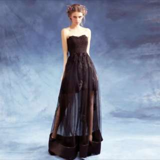 Black Strapless Lace Gown (One Size Fits Most)