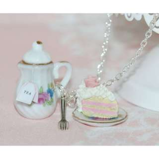 Tea Party Necklace (078)