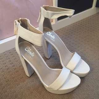 Lipstik Blondie Heels Sz 9 White