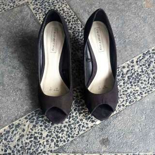 Black Kitten Heels UK5 / EUR38