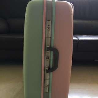 韓國26吋行李箱