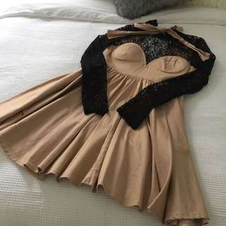 Nude Dress w Black Lace