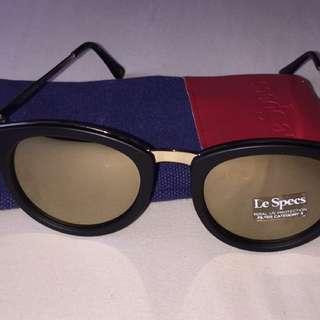 Le Specs 'No Smirking'