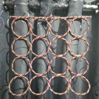 Gantungan Kerudung Circle Pink