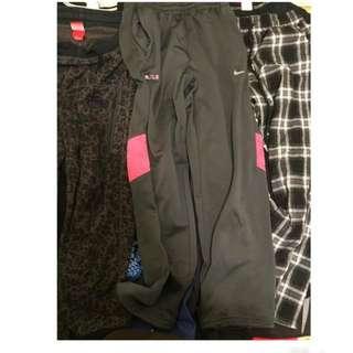 1.NIKE棉褲 2.LBJ褲子 3.格子褲