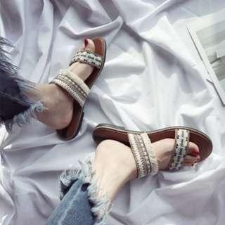[現貨+預購]印地安女孩 民族編織一字涼鞋(黑色/杏色35-40 鞋版正常)