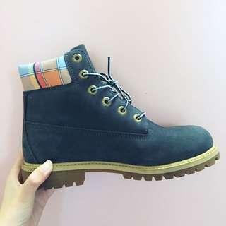 Timberland 藍靴24.5