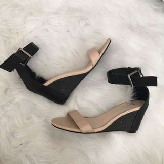 Suzy Shier Wedges