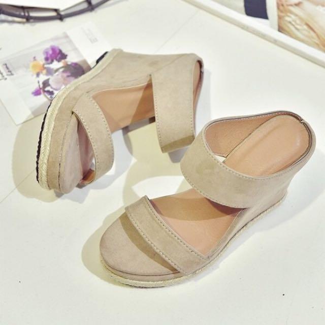 22.5號楔型涼鞋