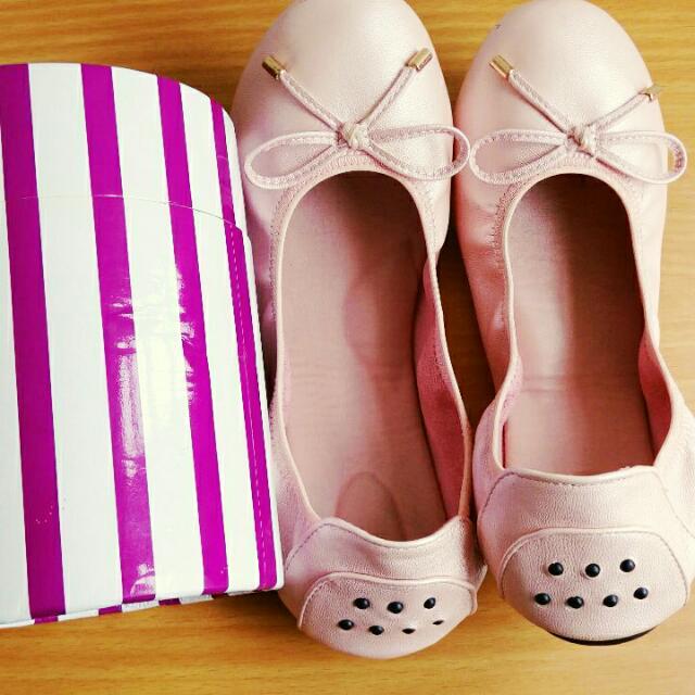 可折疊式淺粉紅娃娃鞋