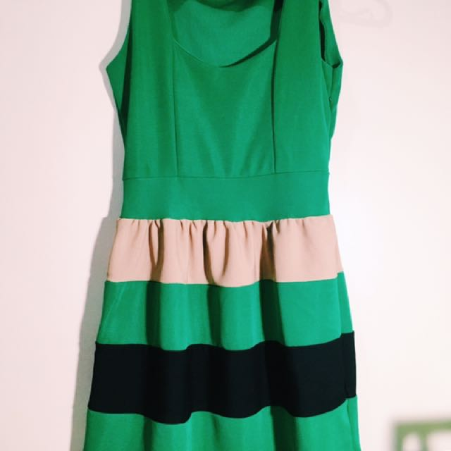 A-dress Green