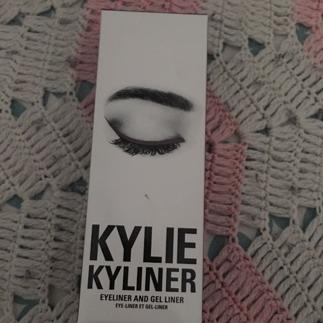 Authentic Kylie Kyliner In Chameleon