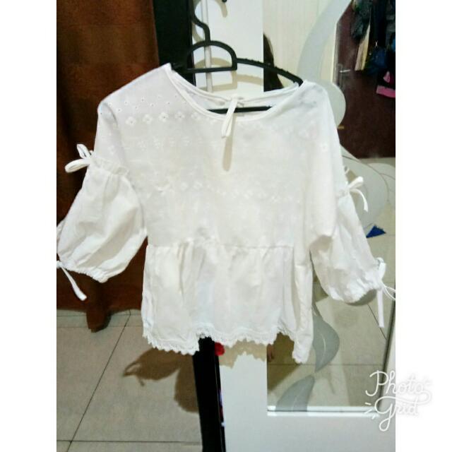 Baju Putih