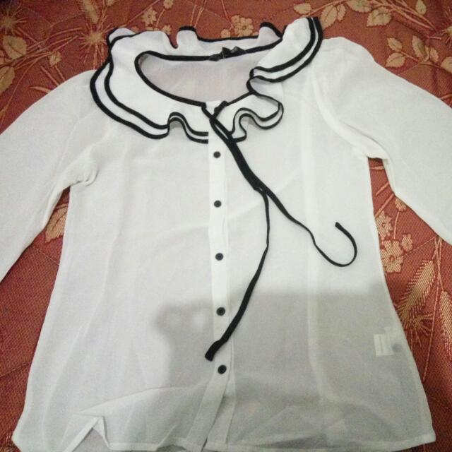 Blouse Putih Merk Cole Size M