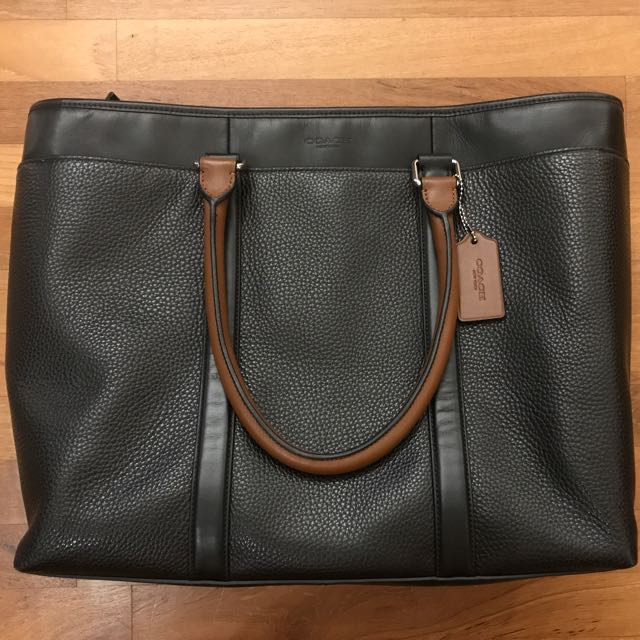 6f981343e COACH HARNESS METROPOLITAN TOTE IN PEBBLE LEATHER, Men's Fashion, Bags &  Wallets on Carousell