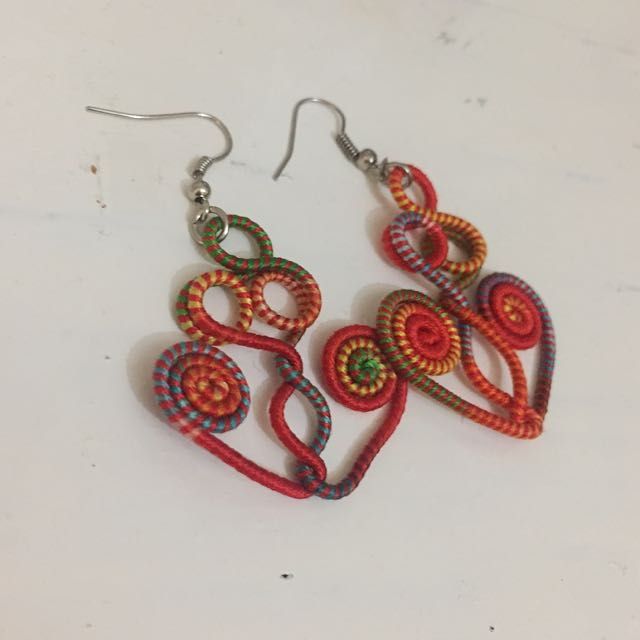 Colourful Dangly Earrigs