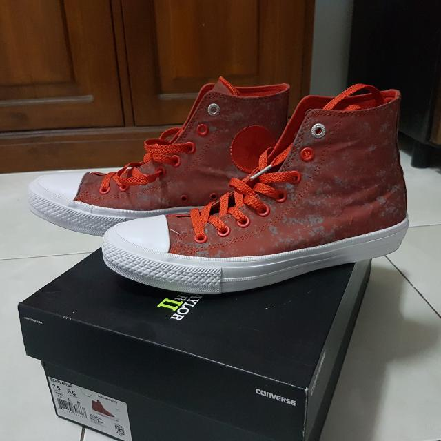 CONVERSE CHUCK TAYLOR ALL STAR 2 HI RED