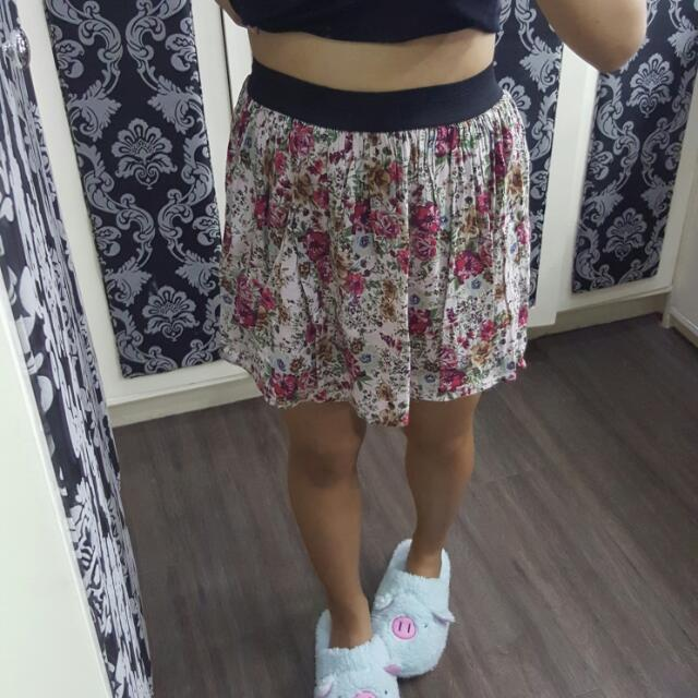 Forever 21 My Favorite Floral Skirt