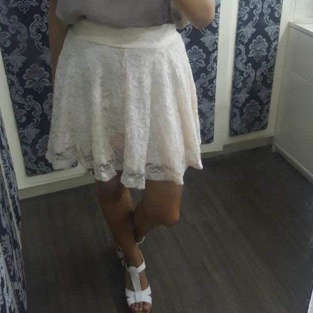 H&M Off White Lace Skirt