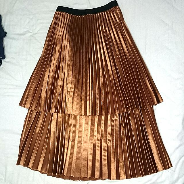 8c21db4751 Korean Korea Bronze/ Copper Double Layer Pleated Skirt!, Women's Fashion,  Clothes, Pants, Jeans & Shorts on Carousell