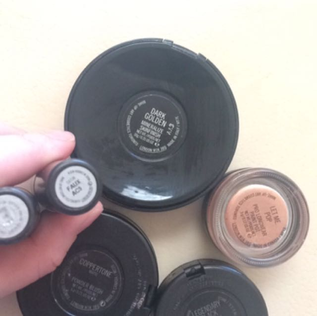 MAC High end Makeup- Make An Offer