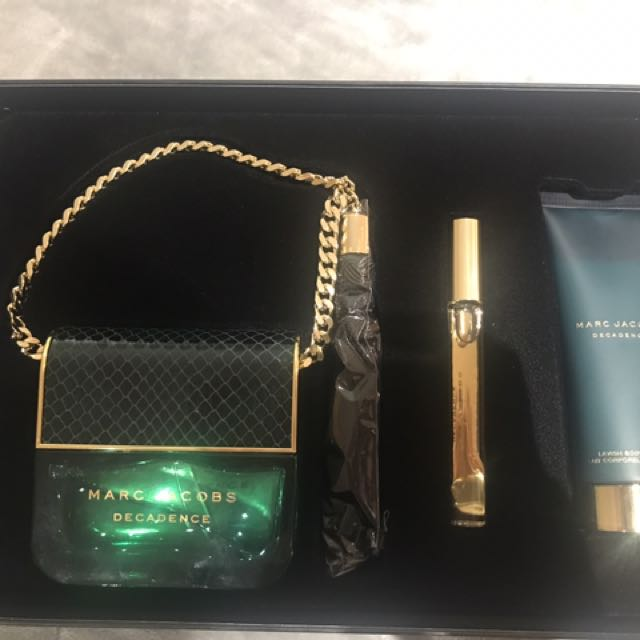 Marc Jacobs Decadence Perfume Gift Set