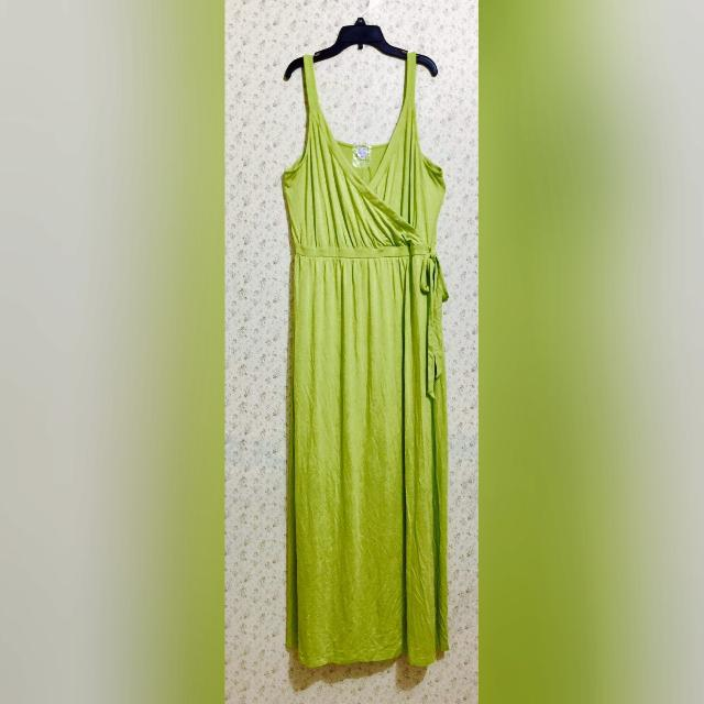 """""""Old Navy"""" Maxi Dress (with black color) - NEW"""