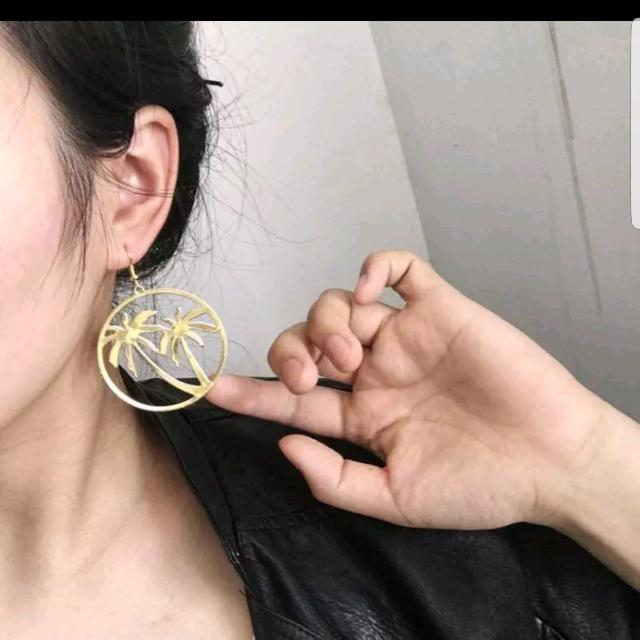 Palm Tree Gold Earrings