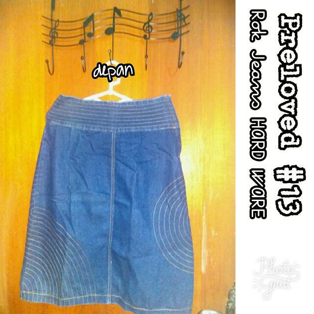 Preloved #13 @OmahPiyique Bawahan Rok Midi HARDWARE Blue Jeans Biru Tua #WardrobeSale #OwnersFavorite