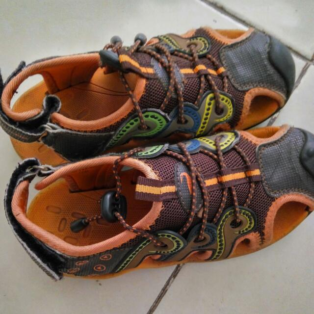 Sepatu Sendal CROCODILE