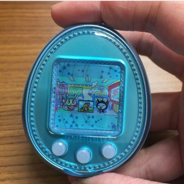 Tamagotchi Sanrio 4u+