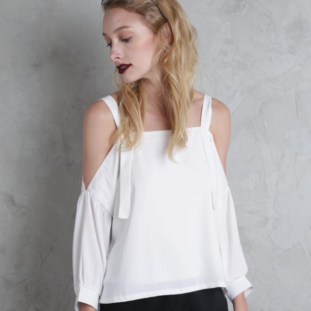 b194d845f3c3ec TTR Cassia Off Shoulder Top In White, Women's Fashion, Clothes, Tops ...