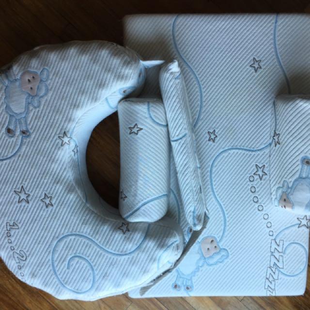 uratex nursing pillow and sleep positioner