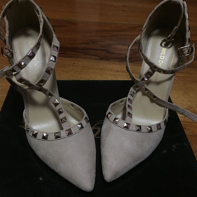 Velentino Inspired Shoes ( Shoe Goddess)