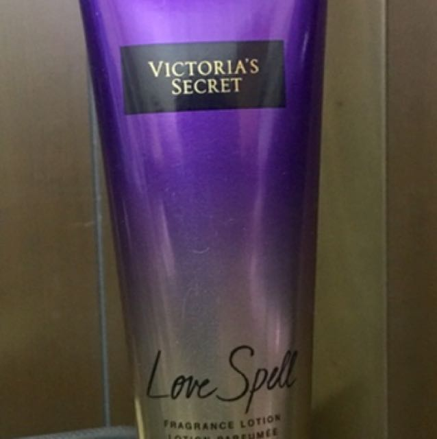 Victoria's Secret Body Lotion (original)