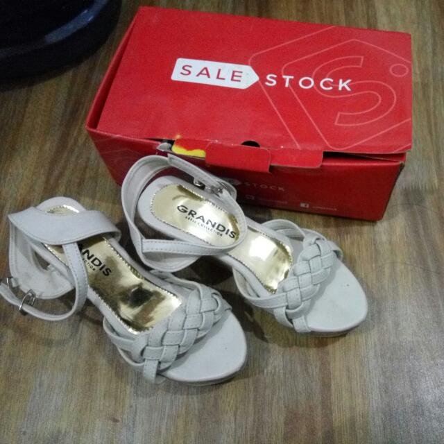Wedges Beli Di Sale Stock Size 36/37