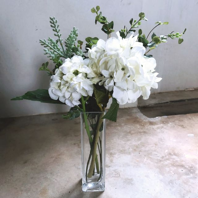 Yourstalkmarket Giselle Flower Bouquet Featuring White Hydrangeas In Clear Vase Furniture Home Decor On Carousell