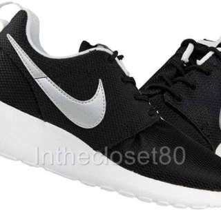 Nike Roshe Run Black/white