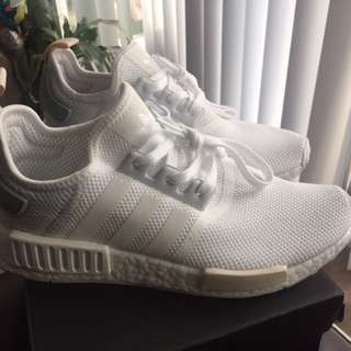 Sz 8.5 Adidas R1 NMD women's running shoes  White