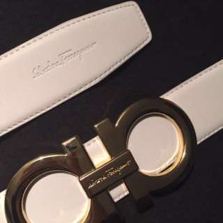White Gold Ferragamo Belt