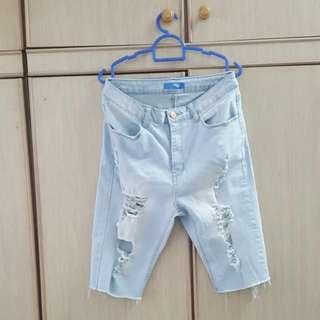 Light Blue Jeans (Temt)