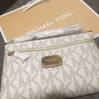 Brand New And Authentic Michael Kors Wristlet