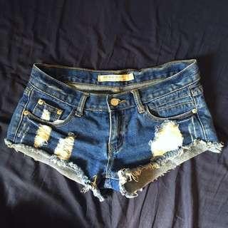 破損/破壞低腰牛仔短褲