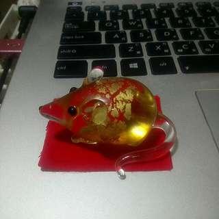 金箔內嵌老鼠飾品