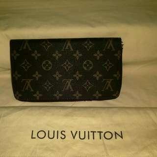 Louis Vuitton chequebook Wallet